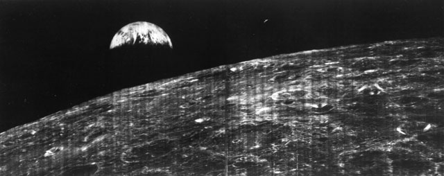 1966: First view of Earth from the moon (Lunar Orbiter 1)