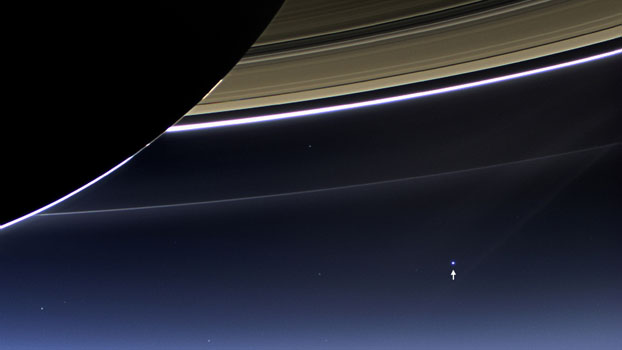 2013: Earth as seen through Saturn's rings (Cassini)